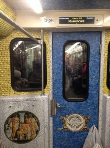 Обновленные вагоны метро в Санкт-Петербурге